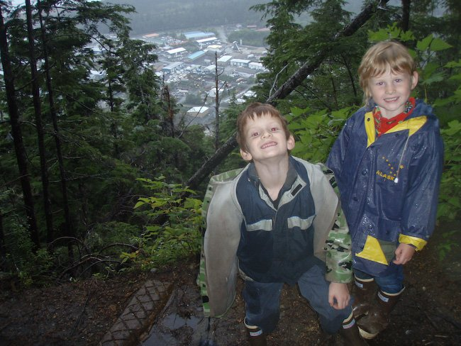 Connor and Rowan at First Viewpoint on Verstovia Trail
